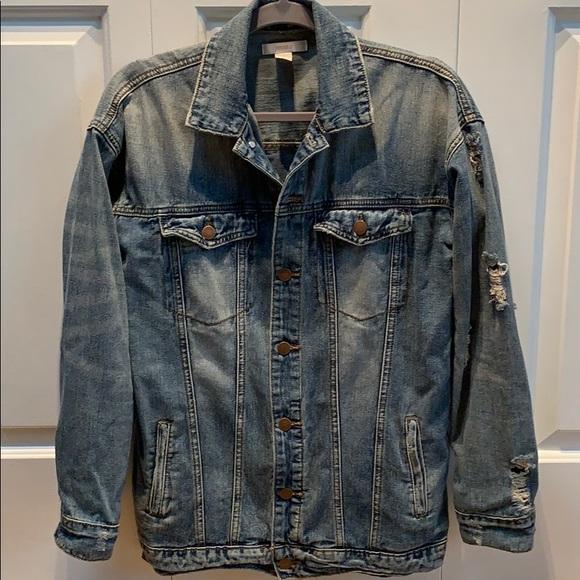 distressed denim jacket (oversized fit)